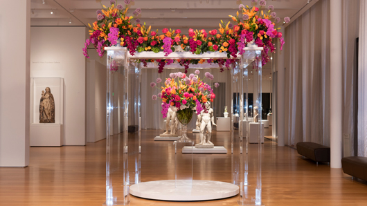 Colorful, artistic display of flowers