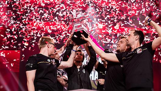 Esports celebration photo