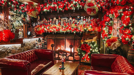 A festively-decorated lounge with a ton of nutcrackers in Angus Barn