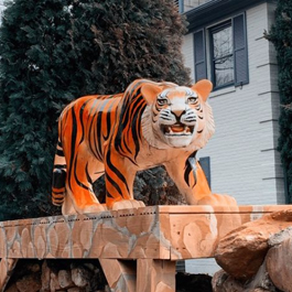 Statue of a Bengal tiger